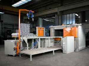 Ligne de Rotomoulage pour PVC/PLASTISOL PRM 900 BOX - ROTOMACHINERY GROUP